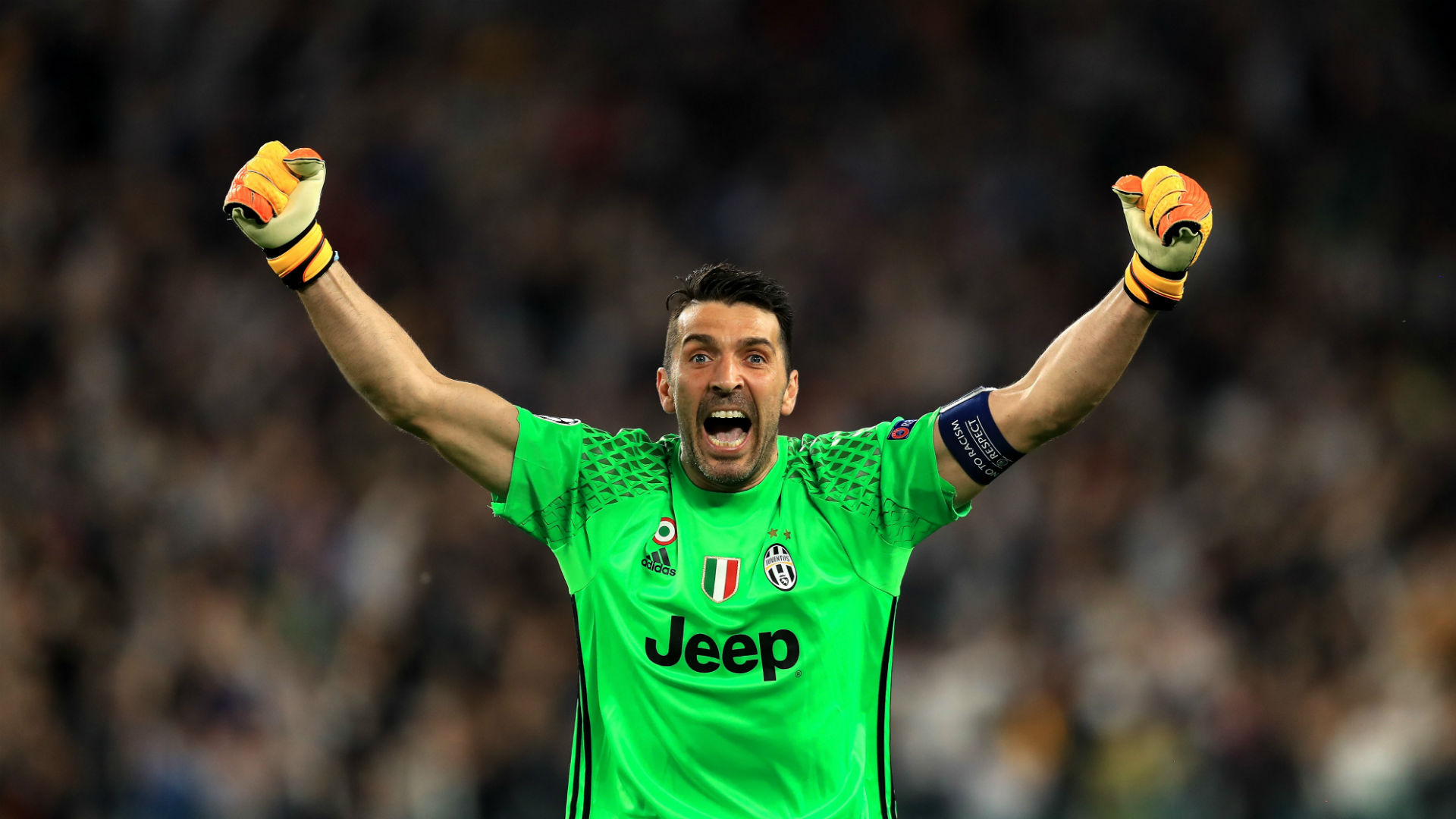Buffon ended Juventus career in 2018 after 17 years photo tweeted by  Juventus 42593b51dca31